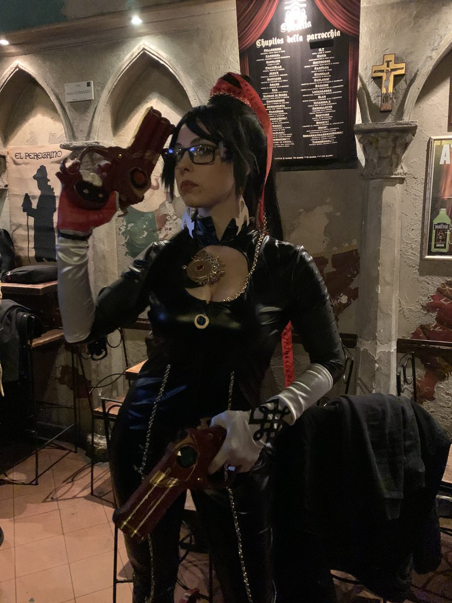 Check out this beautiful Bayonetta cosplay by @MilenaVigo , she created it to celebrate our release today here in Italy with @KochMediaIT #bayonnetavanquish10thpic.twitter.com/4FjdDTk0tx