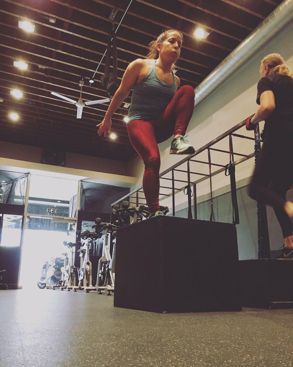 Stepping into today like... 💪🏼😤#groundworkfitness #workout #stepup #stepforward #longbeach #lbc #fitness