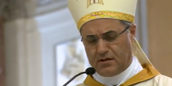 """""""Nessuna responsabilità della Confraternita sulla presenza di Scotto ai festeggiamenti di Sant'Antonio"""" - https://t.co/FKdBWEyubf #blogsicilianotizie"""
