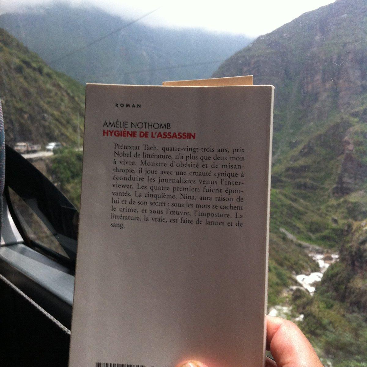 ¿Qué libro están leyendo en este momento?  #Pasajerolector #Perupaislector #Citédlibroperu #Viaje #Nothomb #Novela #escriotas #autoras #Francés #instabook #Amorporloslibros #libro #asesino #librodebolsillo #Escritoresfranceses #Regalolibrospic.twitter.com/mqNQmSPHhU