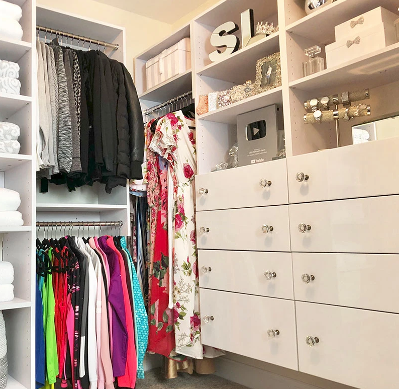 Love a POP ‍ of Color! #organized #closetorganizer #closetgoals #closettip #closetdesign #diy #diyliving #diylife #doityourself #customclosets #dreamhome️pic.twitter.com/KTkDE4v7E0