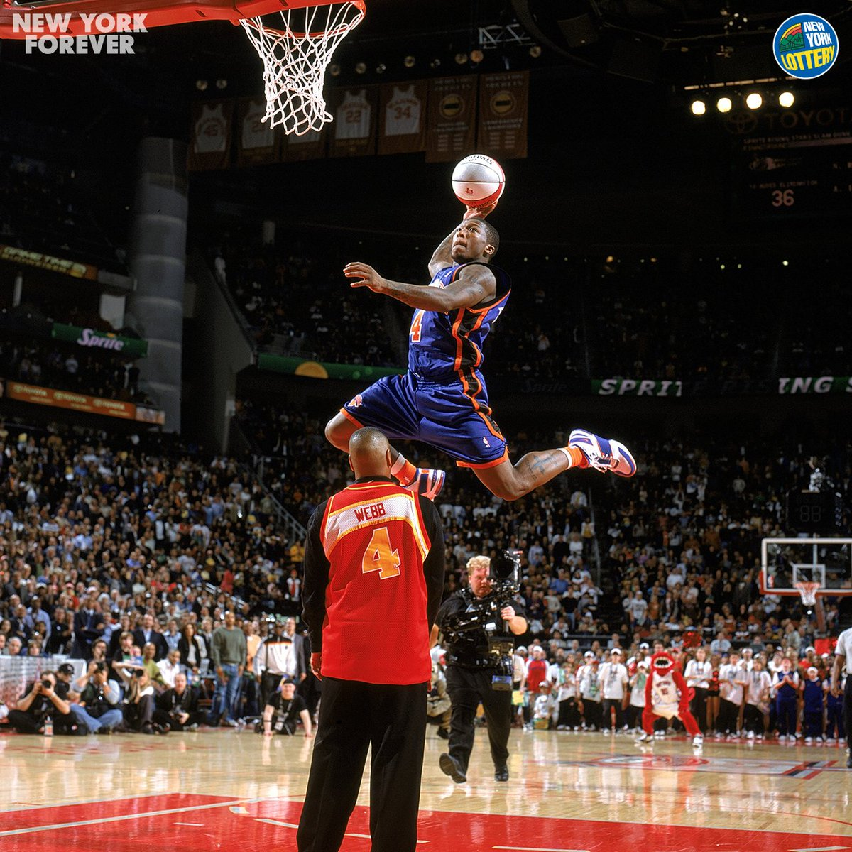 1 of 3 🏆  This Day in Knicks History: @nate_robinson got the crowd on its feet after jumping over Spud Webb, winning his 1st Slam Dunk title in 2006.