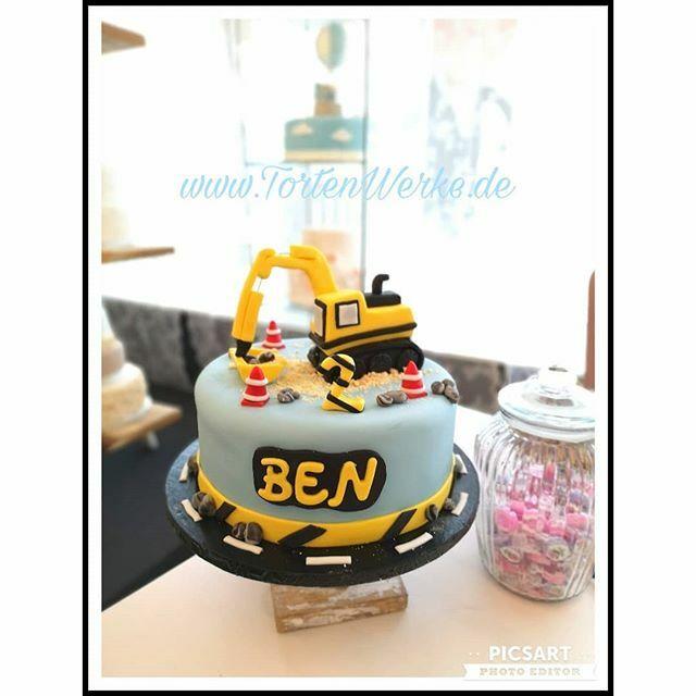 #happybirthday #birthdayboy #cakeworld #cake #torten #geburtstagstorte #bagger#allesessbar #fondantfiguren#zuckerfiguren #salzgitter #broistedt #braunschweig #wolfenbüttel #wolfsburg https://ift.tt/39ImFJspic.twitter.com/5YF85hr1LS