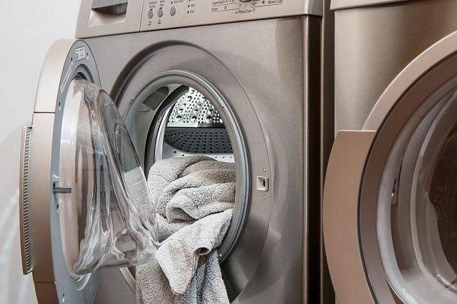 New dryers are expensive. Why not try buying a used one? Check out some of our handy buying tips: https://buff.ly/320KYQ9    #steadypad #dryer #homeimprovement #diylife pic.twitter.com/X9MDXZSImP