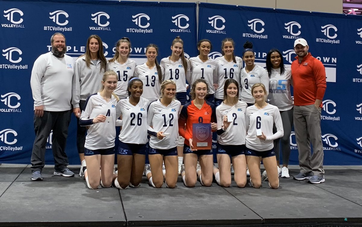 Runner-Up in the 18 Elite championship game of @triplecrownspts @WomensNIT!! Love my team! Super proud to play for @a5volleyball! @sshelley33 @__brijones @garyljensenpic.twitter.com/w1KrHIsMoA
