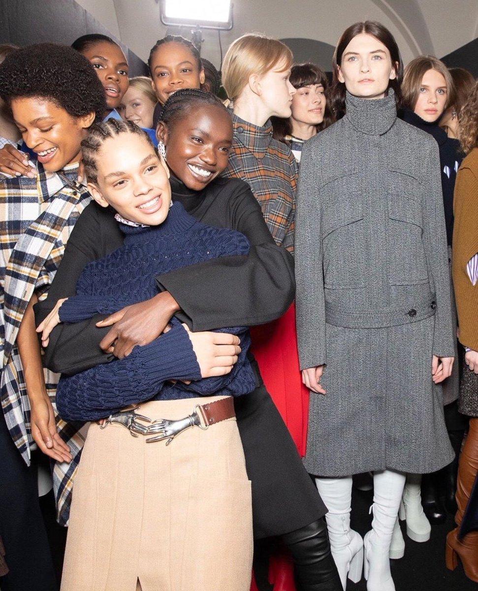 #vogue #runway #ny #vogue2020 #annawintour #voguemagazine #dmfashionacademy #dmfashionclasses #dmfashionhouse #dmmodels2020 #dmmodels #dimitrimanuel #fashiontvny #ftvny #ftv #highfashionpic.twitter.com/OqI3laDsgu