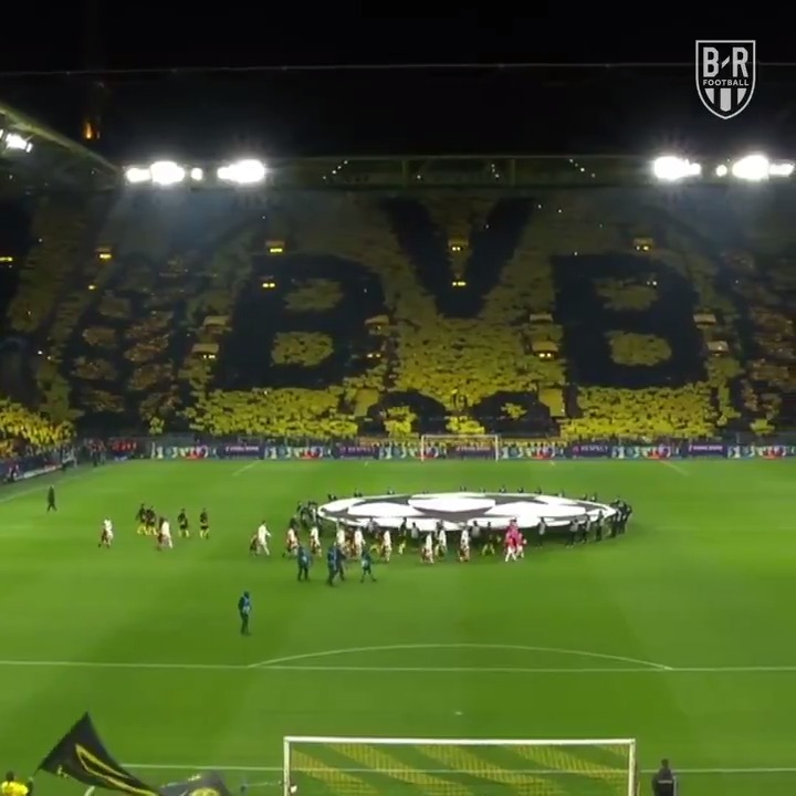 Dortmund fans are something special 👏 @brfootball