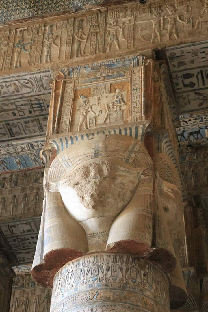 Original colours remain at Dendera Temple dedicated to Hathor. Egypt  #ThisIsEgypt #VisitEgypt2020 #Travel pic.twitter.com/Z7iH1mRBJ7