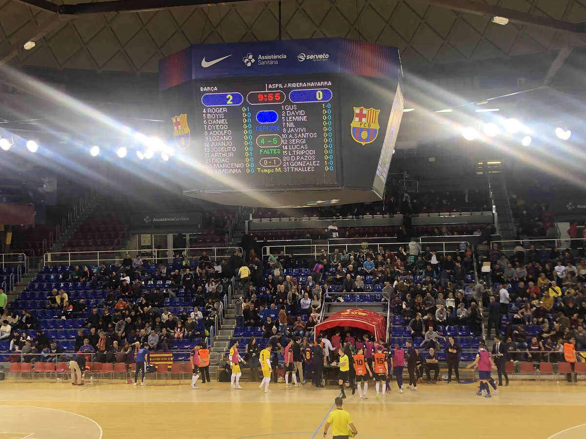 ⚽️ Descans al Palau  @FCBfutbolsala 2 - 0 Aspil  #ForçaBarça🔵🔴 #SempreFidels #MaiNoCaminaràsSol – at Palau Blaugrana
