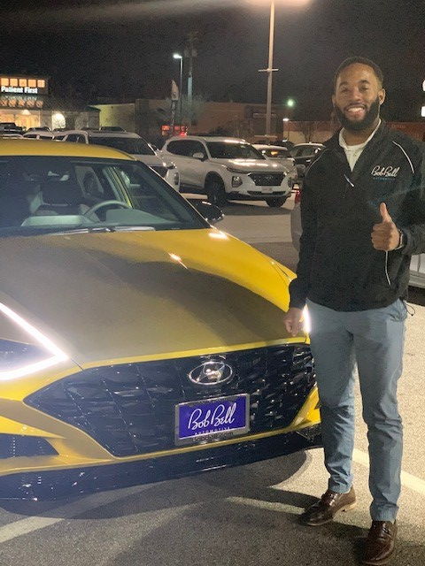 Nothing makes us happier than seeing great customers drive off in their dream car! We're proud to have the very best customers in all of #Maryland! #Hyundai #BestCustomers #Thankful #GlenBurnie #NewCar pic.twitter.com/yp6qQB9DLo