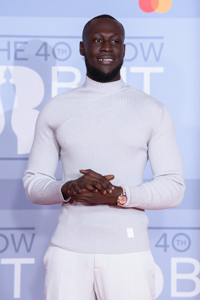 'The best males are nothing without these incredible females'- @stormzy ⚡️😭 Congrats on winning Male Solo Artist of the year 2020 and delivering the best acceptance speech 🙌💘 #Brits2020