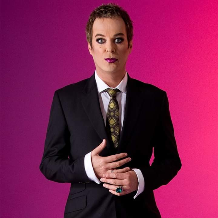 #julianclary pic.twitter.com/v18ziAP0vu