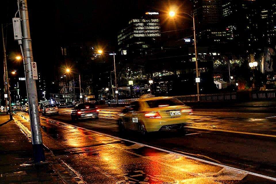 Australie  Old 2014 Street  #australie #australia #ville #street #sun #soleil #immeuble #LumixFRStreetPhoto #rue #urbain #urbanisme #architecture #likeforlikes #followforfollowback #insta #instapic #instagram #picoftheday #photography #photo #road