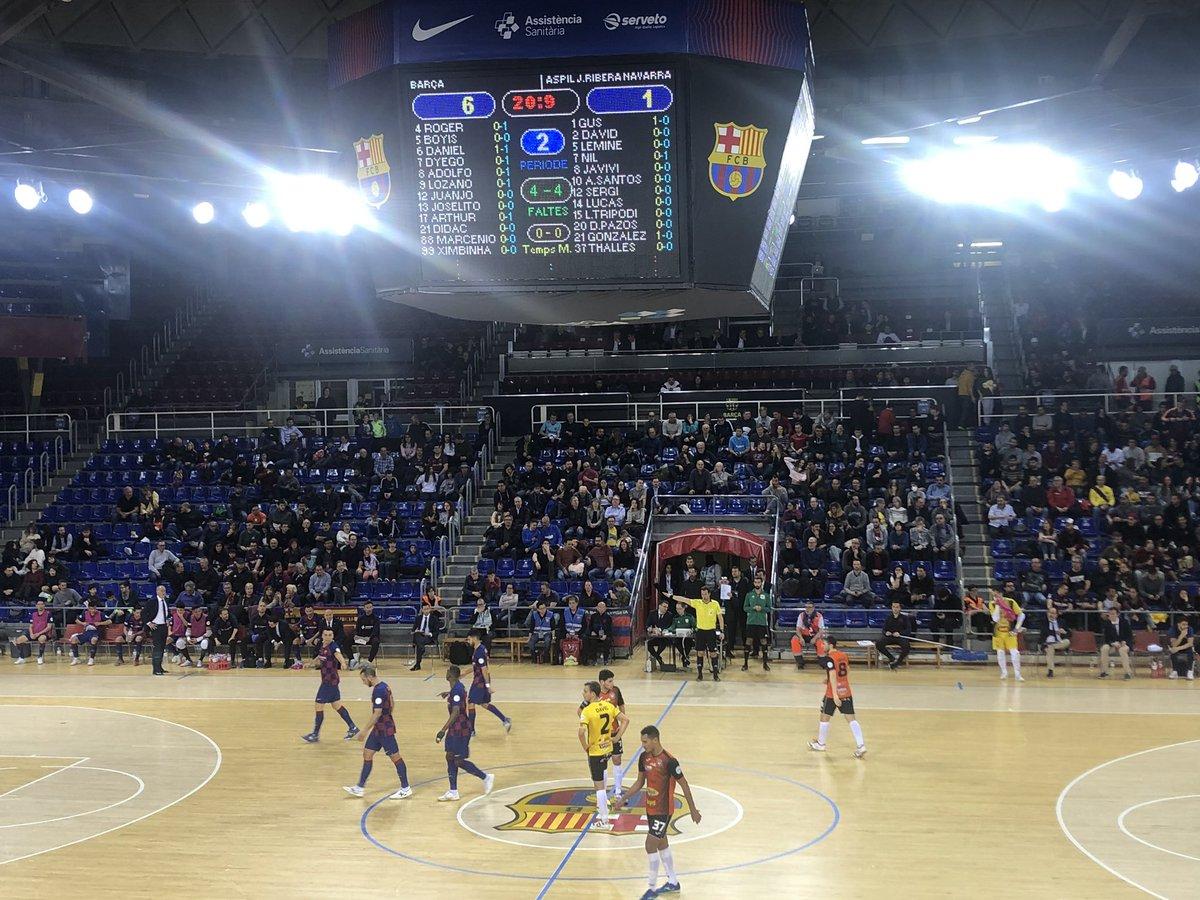 ⚽️ Gol del @sergiolozano09   @FCBfutbolsala 6 - 1 Aspil  #ForçaBarça🔵🔴 #SempreFidels #MaiNoCaminaràsSol – at Palau Blaugrana