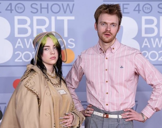 Name a more iconic duet (we'll wait) #Brits2020