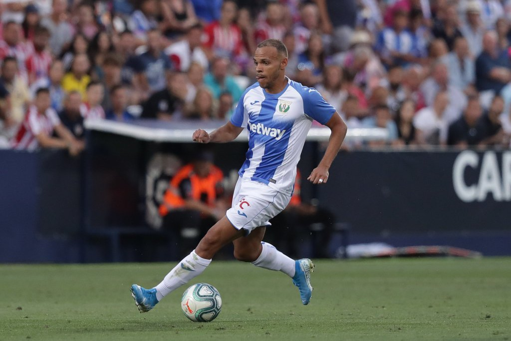 """Pete Jenson (Spanish expert) on Martin Braithwaite: """"Quique Setién likes him. He's a player who can score goals and lead the line but also do other things.  He could play Suárez's position but could also operate alongside a centre forward."""" [daily mail]  #ForçaBarça #FCB"""