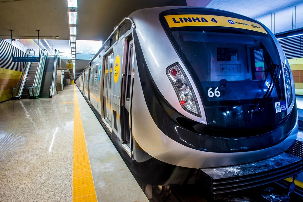 Metrô funciona 24 horas durante o carnaval no Rio https://glo.bo/2HxcWd3 #G1 #Carnaval2020 #Globeleza