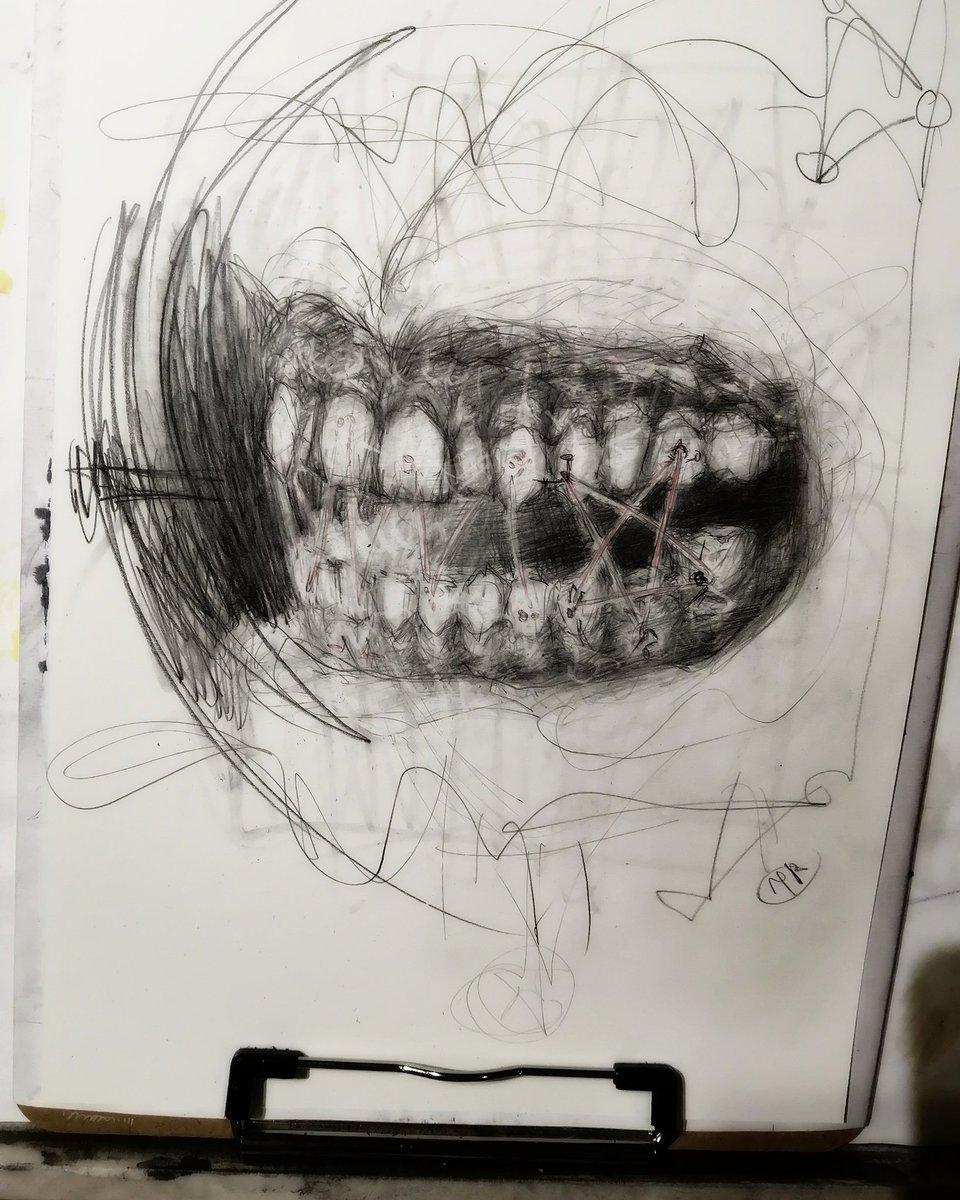 More teeth for god of teeth.  Hope to finish it tomorrow. . . . #drawinginprogress #sketching #scribbling #pencilart #conceptart #teeth #darkart #surreal #oddart #graphite #illustration #bbbarpic.twitter.com/CYyX8ui07T