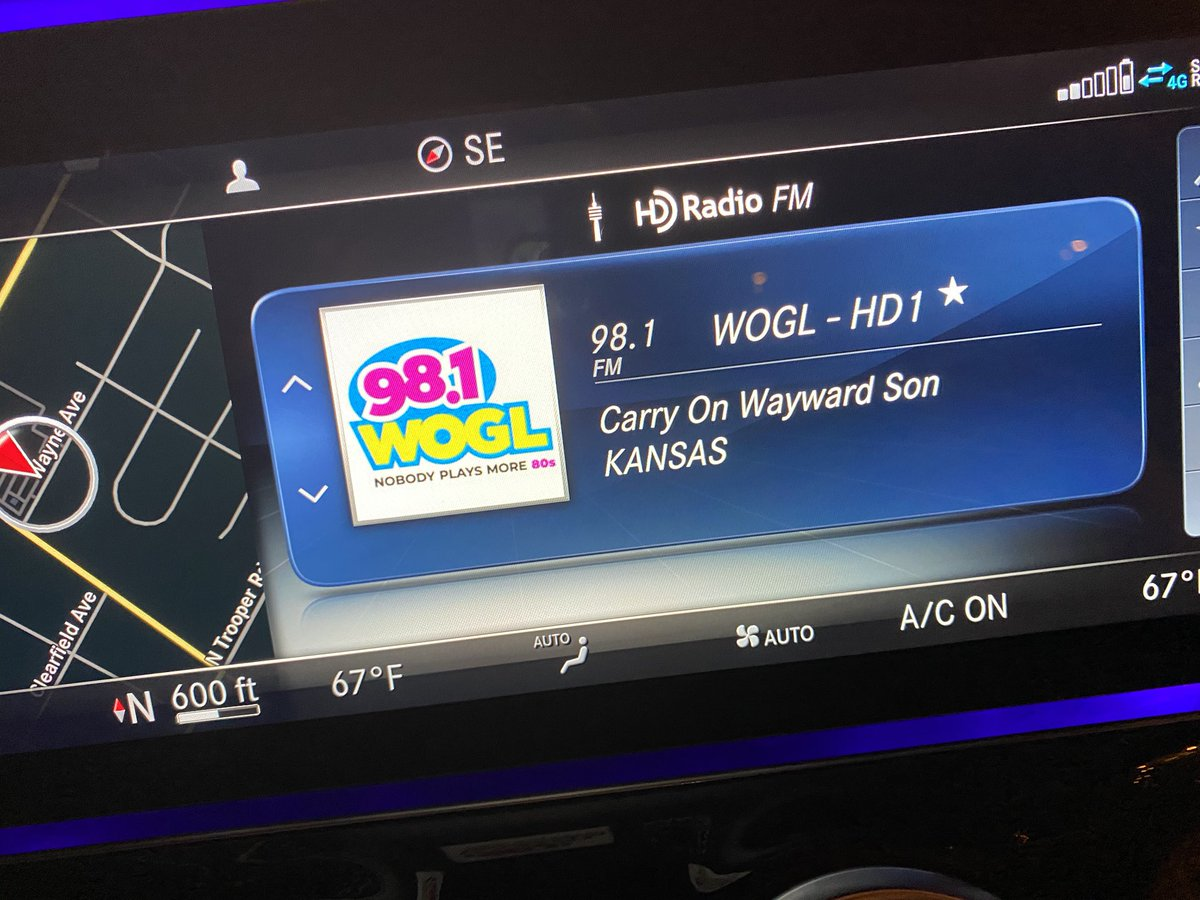 Picked up my new Benz and guess what  station the radio was turned to? @MarilynRussell @wogl #woglfm #MercedesBenz #newcar #smartsalesman #greatmusicpic.twitter.com/ofNLSYbX1p
