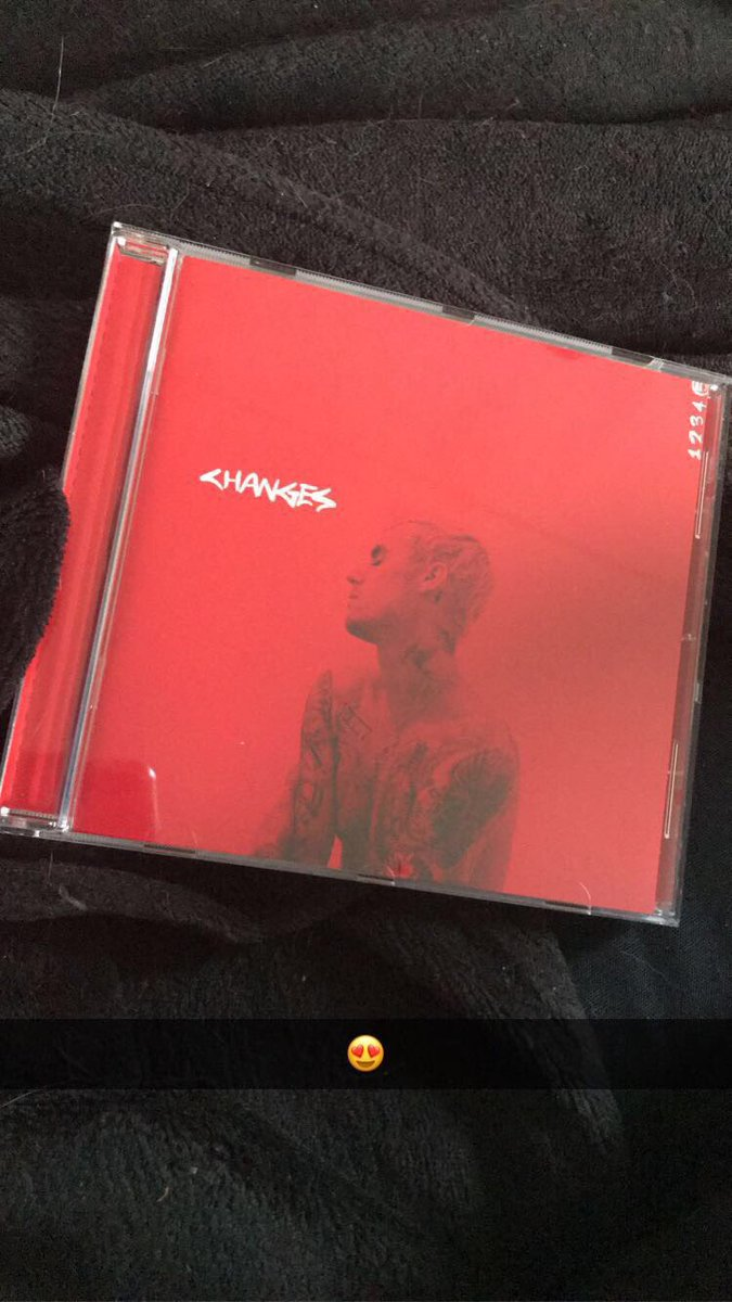from the moment the album was released, I got it! after several years of waiting for a new album, it's finally out 😍🤍 @justinbieber #CHANGESTOUR #ChangesforJustin #JustinBieber #belieber