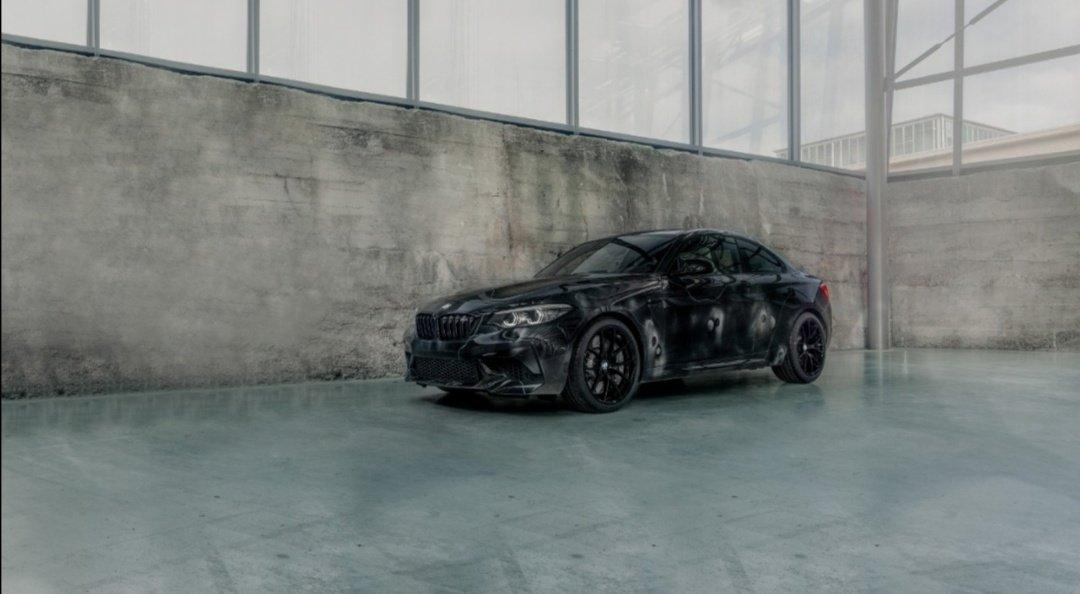 Cuando el arte se mezcla con la pasión por la velocidad, el resultado es impresionante. El BMW M2 Competition por #FUTURA2000 es la muestra de lo mejor de dos mundos. #TheM2 #BMW #BMWM #BMWM2 #FriezeLosAngeles