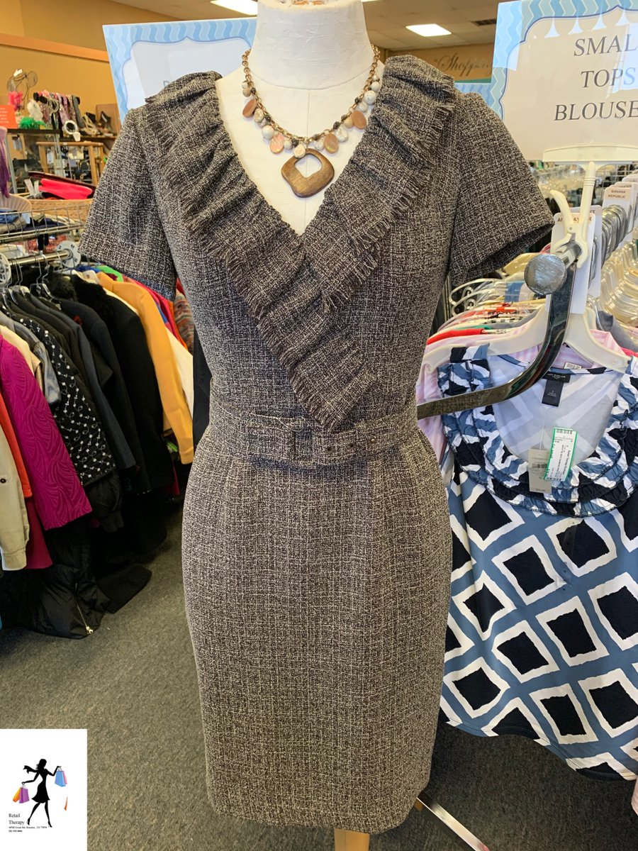 Kay Unger Dress Sz: 0  $39.99 Necklace $10.99 #retailtherapy #resale #consign #shop #shopping #shopsmall #wow #iwant #weship #2020 #ootd #shopmycloset #gooddeals #save #momandpop #Houston #Cypress #Tomball #Texas #clothing #style #fashion #kayunger