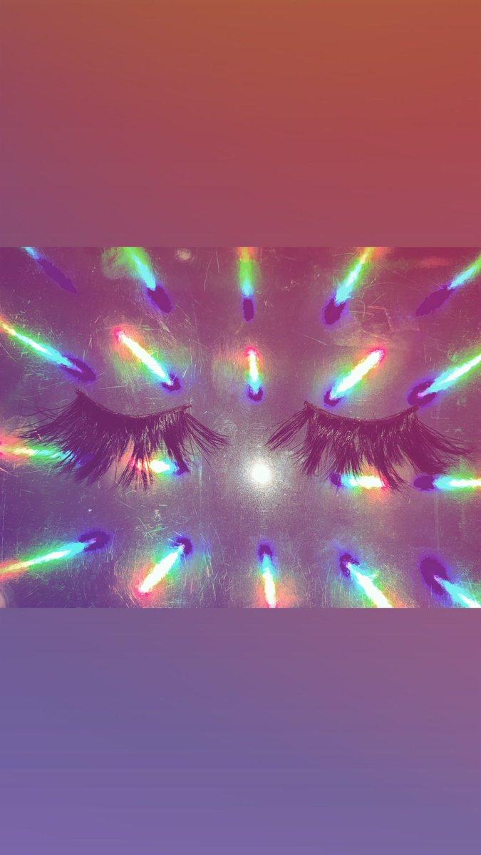 Flashing Lights 💎   Mink Lashes To Dye For 🔪  Launching Soon @thebangarbrand   #minklashes #minkeyelashes #minklashvendor #minklasheswholesale  #25mmminklashesvendor #25mmlashes #3dminklashes #lashextensions #newlaunchalert #minkfurlashes #thebangarbrand #lashes #shop
