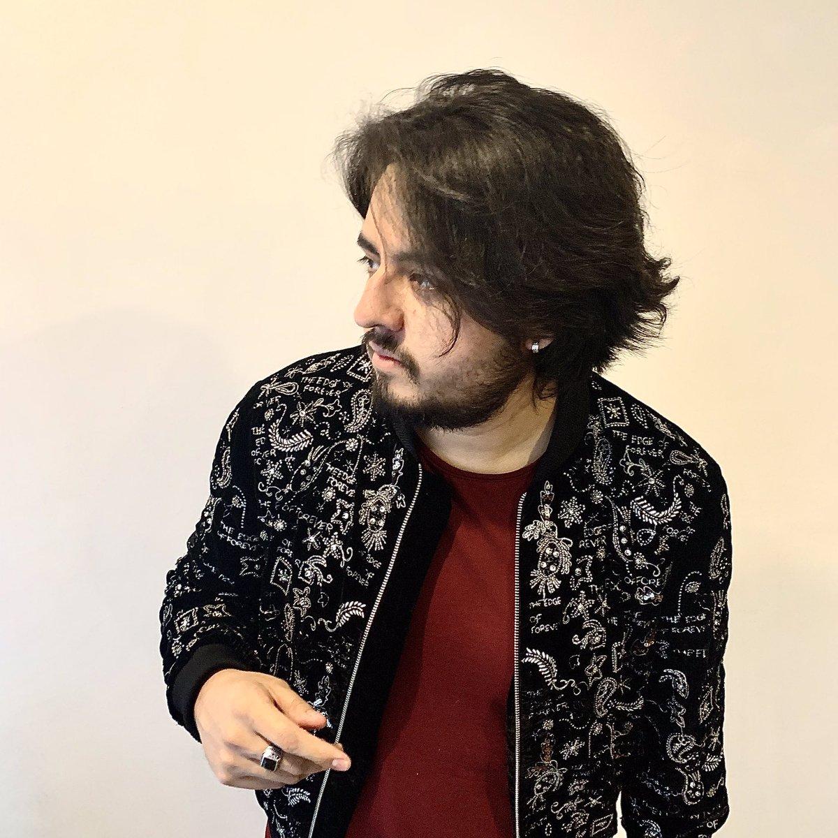 🔙🔙 #Rock #2019ArtistWrapped #2020NewYear #NewMusic #Spotify #Music #Mexico #fashion #Drummer #Birthday #Piscis #18Feb #BEARD