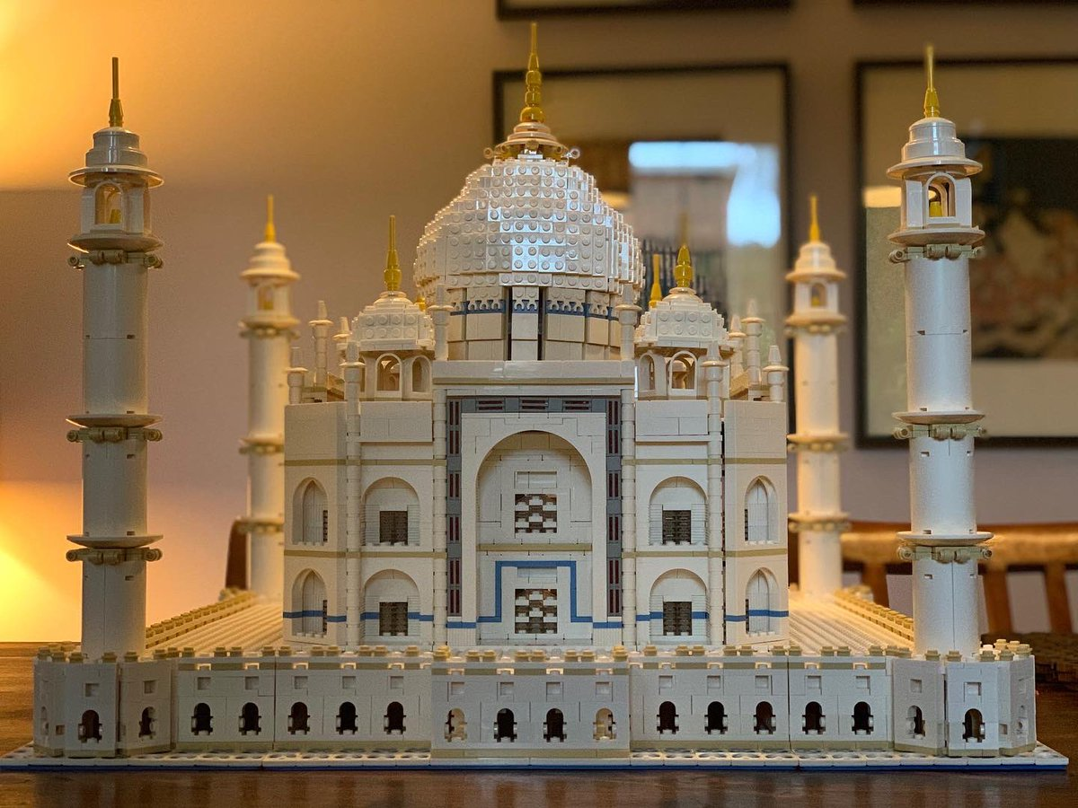 When you've been crook for days and you're bored as hell but can't concentrate to read or write there's only one thing to do..build the Taj Mahal!!  Never done #LEGO before. It's fun! And I reckon this looks beautiful @LEGO_Group #Hobbies #TajMahal #legotajmahal @AdultFanOfLegopic.twitter.com/0itaJxJkCS