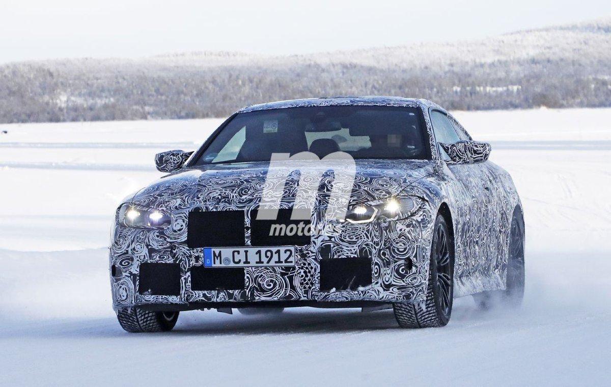 El BMW M4 Coupé 2021, cazado en fotos espía durante las pruebas de invierno  http://bit.ly/3bQhnxc  @BMWEspana @BMWGroupEspana @BMW #BMW #M4 #BMWM4 #BMWM #G82 #BMWg82 #Fotosespia #Spyshots #Scoops #erlokonig #erkoenige