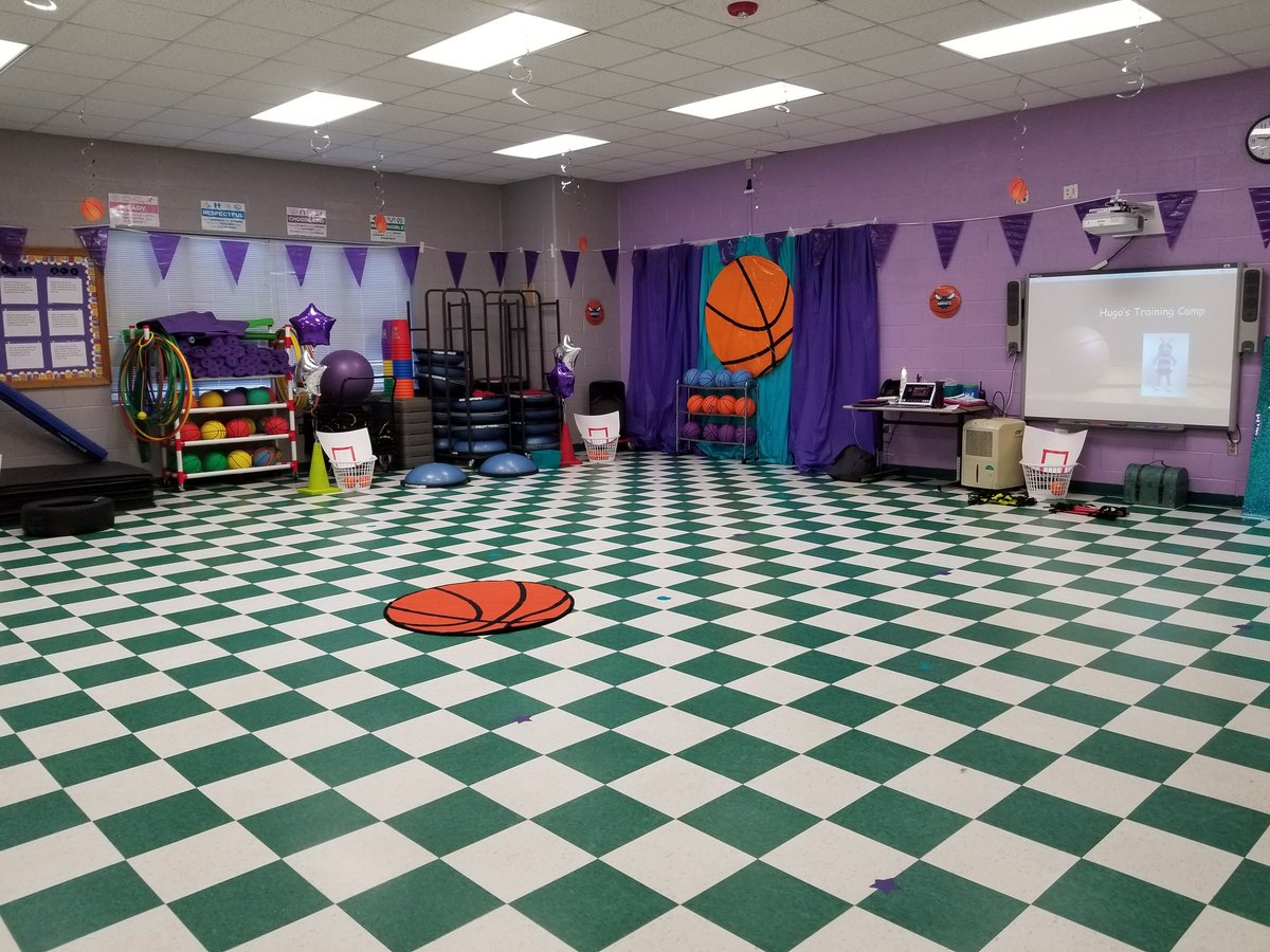 Hugo's Training Camp is ready! #rresonward #PhysEd #teachcabco Transformed Learning!pic.twitter.com/K8LnqXTQLr