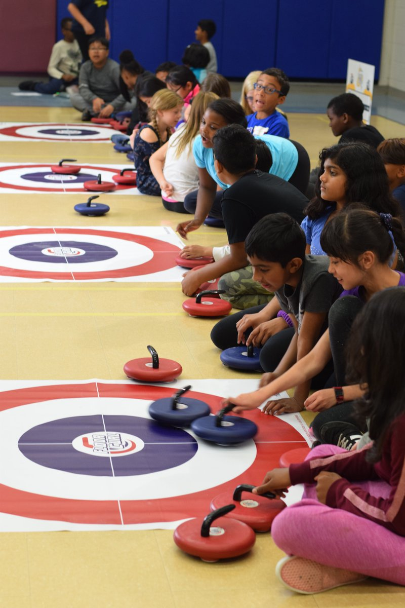 """""""Rocks & Rings was FANTASTIC! It was an amazing chance for them to experience a sport they wouldn't normally get to try."""" -Landra, Edmonton #physed #canadianteacherpic.twitter.com/9pFyl5whkL"""