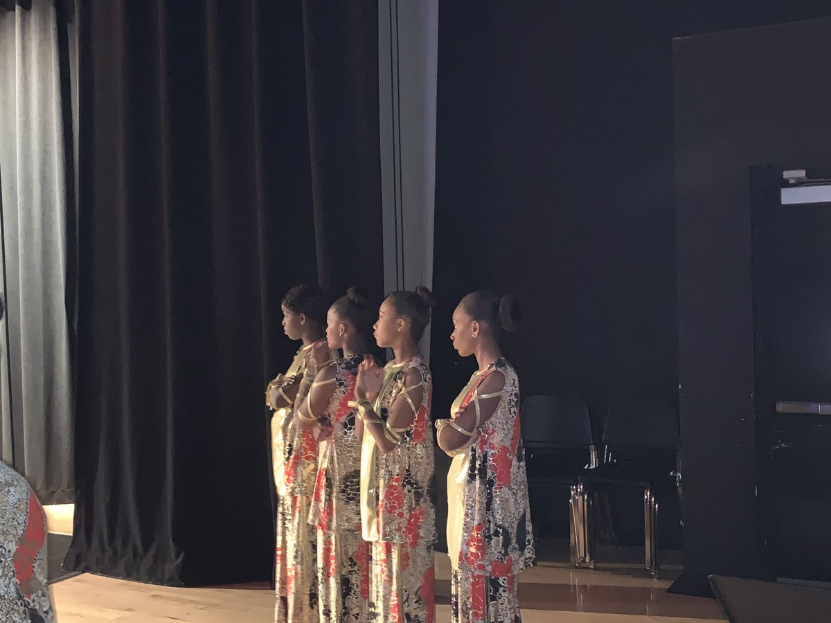 Highlights from our @CCMSChiefs Dance Ensemble Performance tonight at the HBCU Black History Program. I'm absolutely proud of these young ladies. So proud. #ccmsdanceensemble #ALLIN @LisiMomOfTwins @ShekinahMac @Dancingalways @docstevegallon @RomuloEspinosa @docdn83 @MDCPSpic.twitter.com/KXvz6ySrks