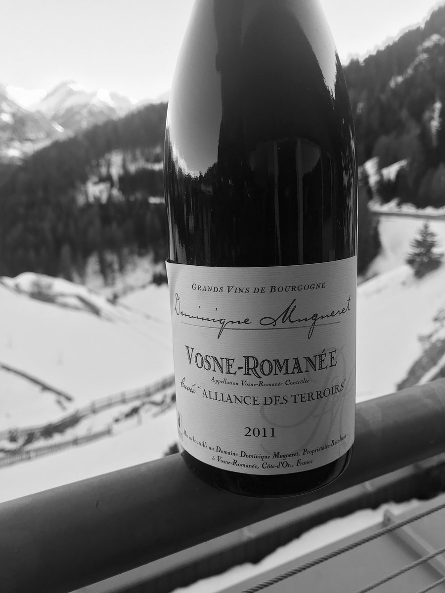 RT  Amazing Vosne Romanee from #burgundy, from an independent #wine maker. My score 92, drink to 2025 @ScoreWine @ricasoli99 @DemiCassiani @nineov @KellyMitchell @WineSea…