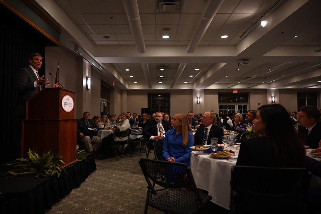 Enjoyed catching up with the Cookeville-Putnam County Chamber of Commerce this evening. Proud to give an administration update & thank these leaders for serving their communities.