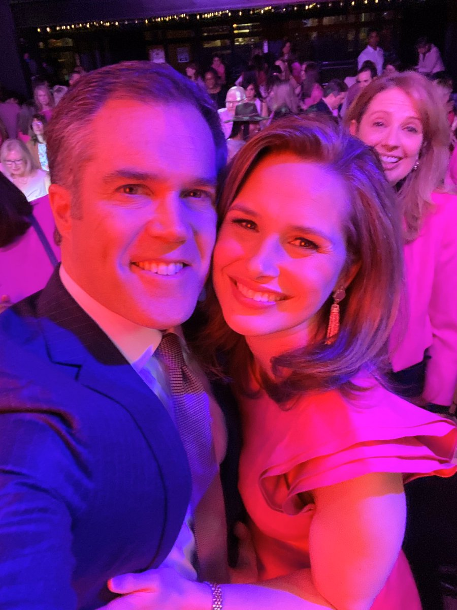 The @DCNewsBash is one of my favorite events every year!  This is our 11th year running, raising money for a local breast cancer charity.   Thanks to everyone who came out! @PeterAlexander @EliasABC7 @lauraevansmedia @JummyNBC @Fox5Shawn @leslifosterpic.twitter.com/rw7HgNENrC