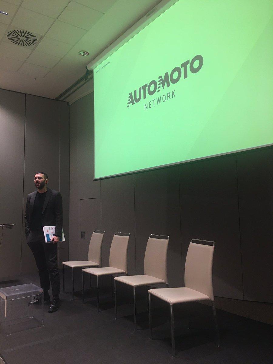 Partono i lavori di #cmove con Moreno Pisto Brand and Content Manager di @Automoto_it   #Automotive #networking #ikn https://t.co/cjlzhAkglq