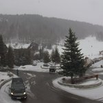 Image for the Tweet beginning: It's currently snowing in #Les3Vallees
