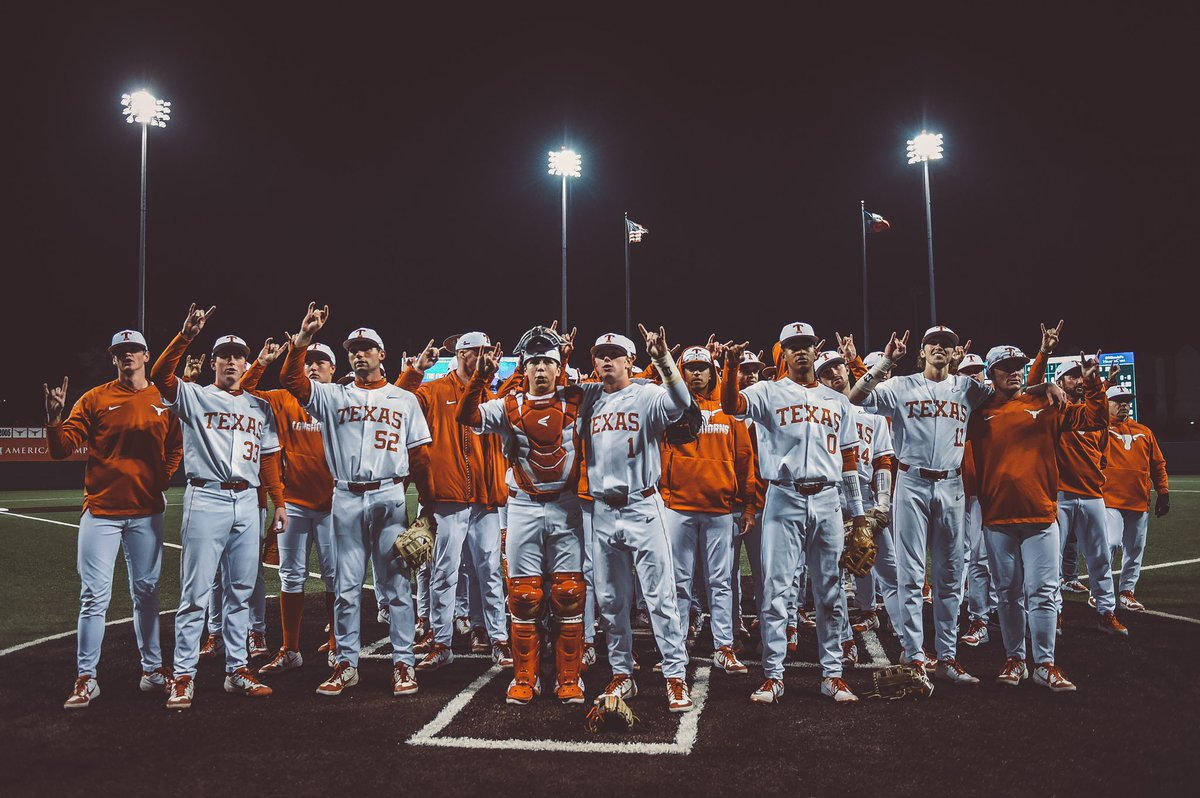 Way to open the season at the Disch.  #OwnTheDisch | #HookEm