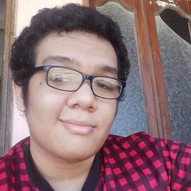 URGENTE DIFUNDIR:Ronaldo Vásquez estudiante de derecho de V semestre de U del Atlántico está desaparecido desde el domingo 16 de febrero, cualquier información comunicarse al 3017744084. @HELIODOPTERO @SenorCaicedo @ktikariza @MONYRODRIGUEZOFInformación de @Reytorre y @ginachef