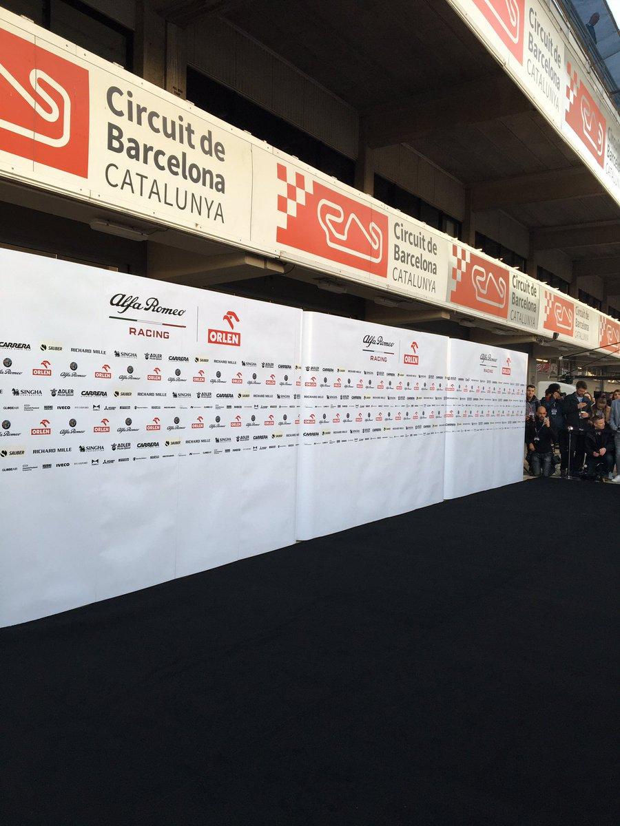 Już za chwilę!!! #c39 #GetCloser #RK88 #SupportKubica @alfaromeoracing – at Circuit de Barcelona-Catalunya