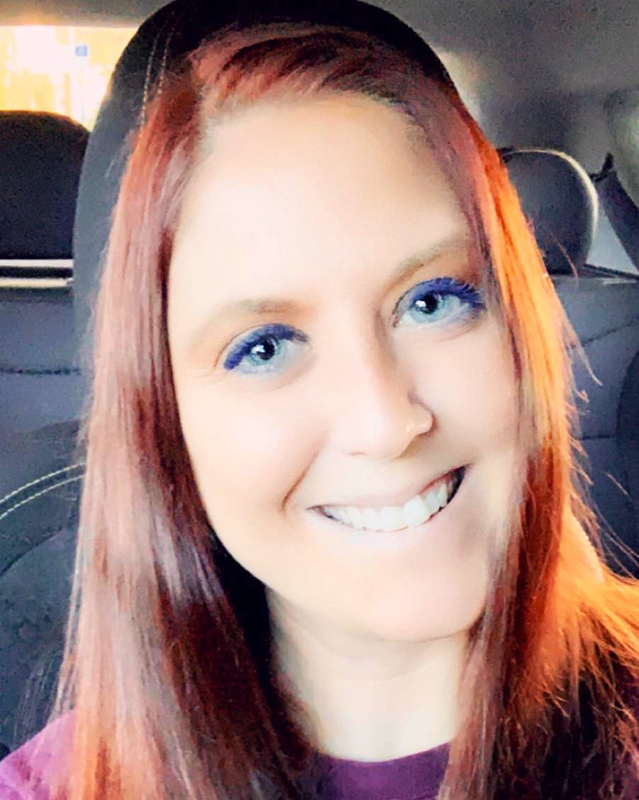 #goodmorningyall #happyWednesday #halfwaythroughtheweek #letsdothis #blueeyedbeauty #originalredhead #redheadsdoitbetter #letsgo #begineachdaywithasmilepic.twitter.com/QL3cbPS7hO