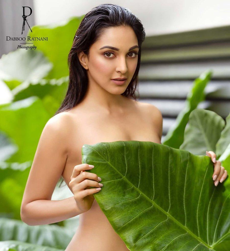 Taking a Leaf  Out of the @DabbooRatnani Calendar @kiaraaliaadvani  . . . . #bollywoodhotness #kiaraadvani #dabbooratnanicalendarpic.twitter.com/oISlDPYNwy