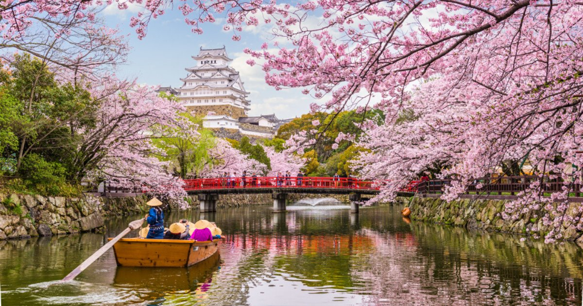Descubram a dois os paraísos do Japão! http://ow.ly/mGCe30qgyuHpic.twitter.com/GRV3mBWH3F