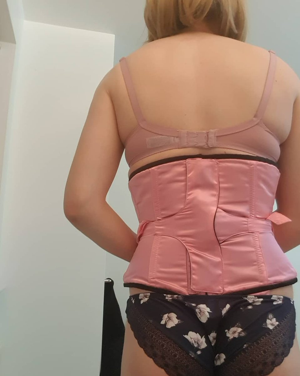 That moment where you realise your totally locked in your corset and there is no way to get out till your time lock counts down to zero!  NO BUSK, NO LACES, ALL CORSET!  http://WWW.DOTTYAFTERMIDNIGHT.CO.UKpic.twitter.com/qV5XBhdSeQ