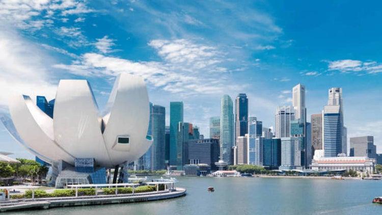 Los estímulos en #Asia no son únicamente patrimonio de China y alcanzan a países como #Singapur, donde para 2020 se plantea el mayor déficit público desde, al menos, 2005 al proyectarse un saldo negativo del -2,1% del PIB frente al -0,3% de 2019 http://bit.ly/2wn122S