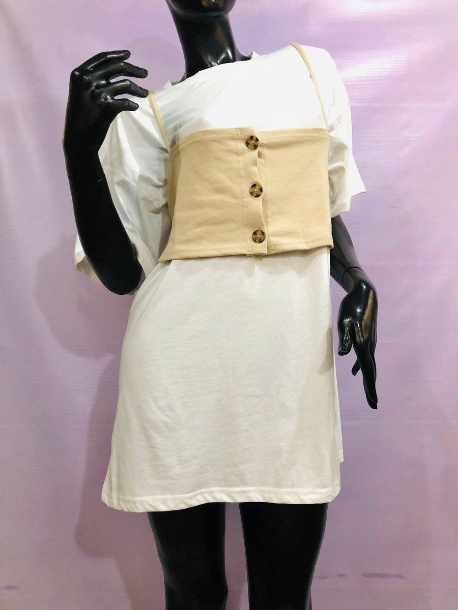 Missguided corset detail t-shirt dress •Size - 10(UK) = 6(US) •8,500 Naira  #taylorsemporiumpic.twitter.com/IZayI2ygii