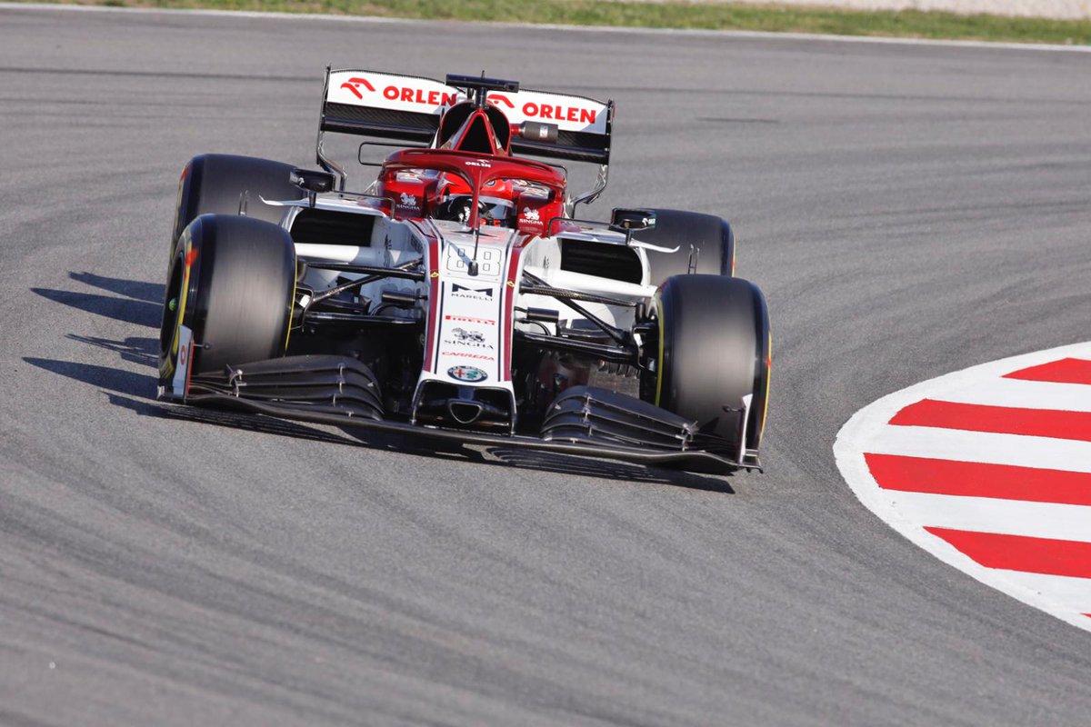 Robert Kubica on the track ! 👌🏼  #F1 #F1Testing