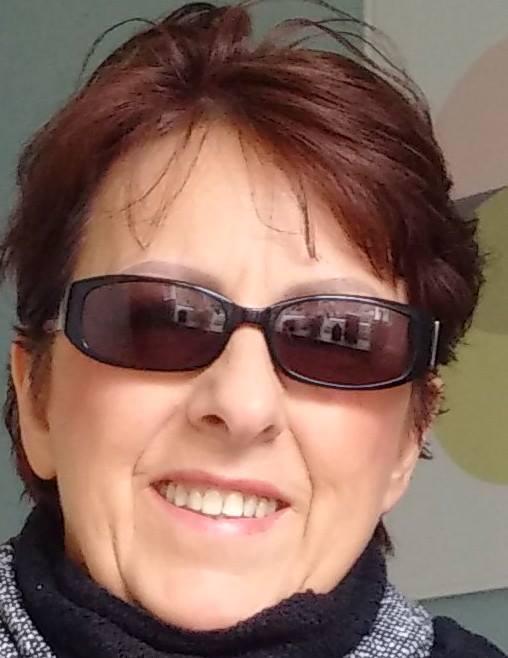 Über die Autorin:  Christine Maria Neumann wurde 1963 als sechste von acht Kindern im schönen Hochsauerlandkreis (NRW) in Deutschland geboren. Lebte von 1986 bis 1996 in den Vereinigten Staaten von Amerika.  #Autorin #Civilianonthebattlefield #Frau https://schreibstube.wravensunion.de/wp/autorin-christine-m-neumann/…pic.twitter.com/gTI3MASMnd