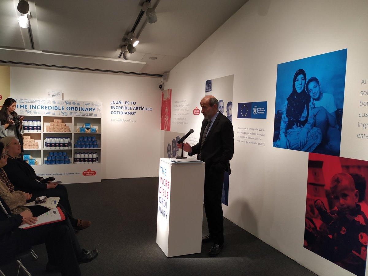 """Acogemos en @CaixaForum #Madrid la exposición """"Lo increíble de lo cotidiano"""" de @wfp_es que recoge testimonios de familias de refugiados sirios. #IncredibleOrdinary"""